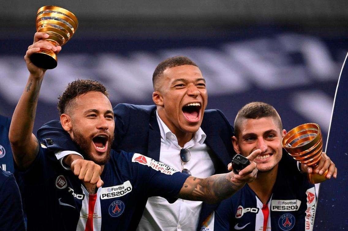 Neymar and Kylian Mbappe lead wild celebrations as PSG