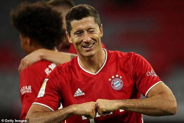 Bayern Munich trash Schalke