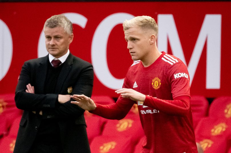 United summer signing gives Donny van de Beek an extra role