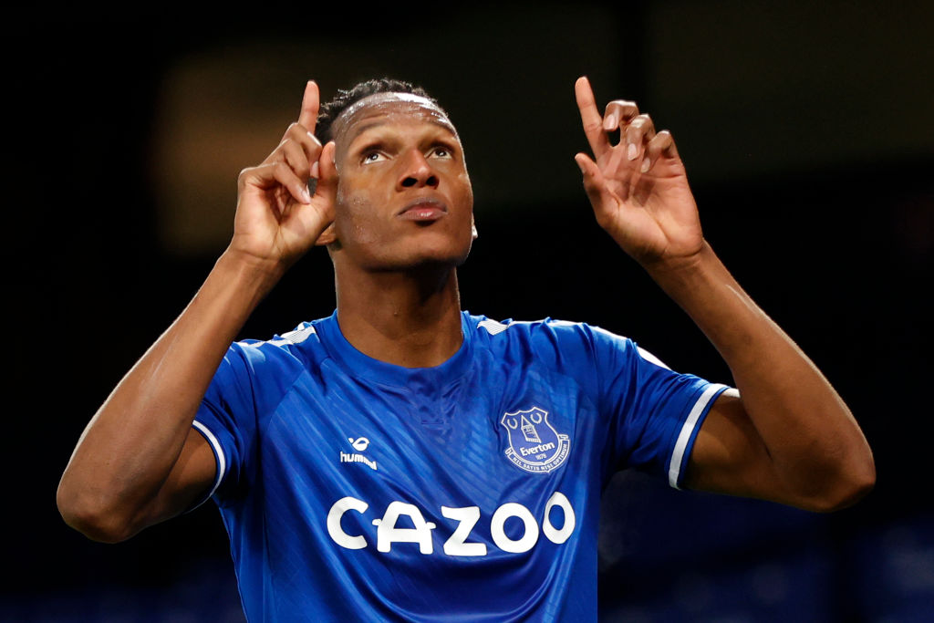 Everton fans have been praising Yerry Mina for his performance against Manchester United