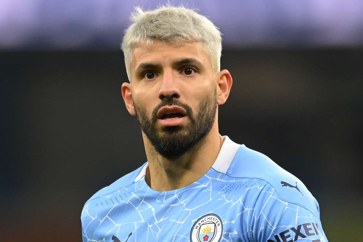 Barcelona ready to swoop for manchester city striker Sergio Aguero