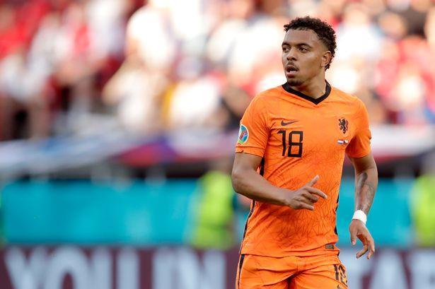 Donyell Malen joins Borussia Dortmund from PSV